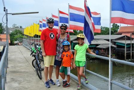 bangkok bike family