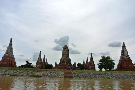 bangkok stupas 2