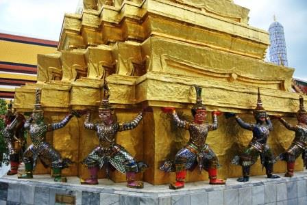 bangkok temple demons